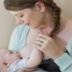 شیر مادر در بهبود تکامل مغز نوزادان نارس نقش دارد.