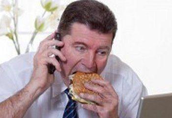 هفت نکته برای غذا خوردن در محل کار