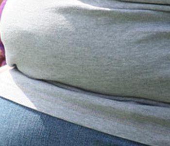 چاقی شکمی خطر سرطان را افزایش میدهد.