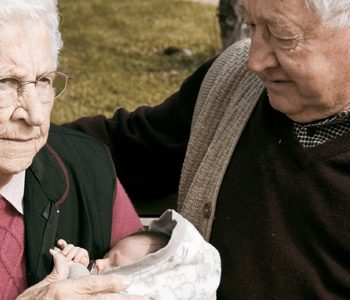 پدربزرگها و مادربزرگها و تاثیر آنها بر سلامت کودکان