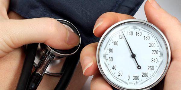 آیا در پرفشاری خون رژیم غذایی میتواند جایگزین دارو شود؟
