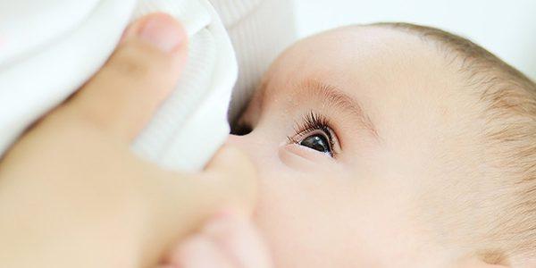 شیر مادر و پیشگیری از ابتلای کودکان به اضافه وزن و چاقی