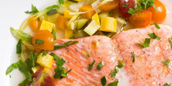 ماهی اثرات مفید کلسترول خوب (HDL) را افزایش میدهد