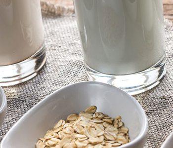 انواع شیر حاوی مقادیر متفاوتی چربی و کلسترول هستند.