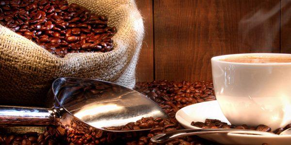تاثیر کافئین بر اشتها و کاهش وزن ناچیز و موقتی است