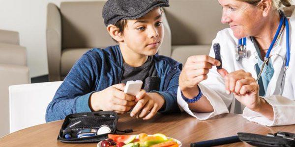 چرا در برخی موارد صبحها کاهش قند خون را تجربه میکنیم؟