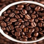 مطالعات فواید جدیدی را برای نوشیدن قهوه نشان دادهاند.