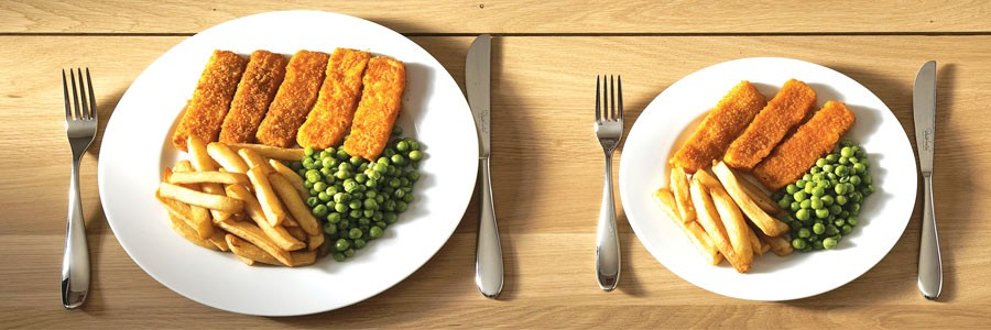 آیا سِرو غذا در بشقاب کوچک حجم غذای مصرفی را کاهش میدهد؟